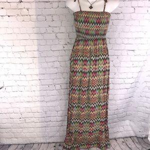 Gorgeous WetSeal Summer maxi dress XS vibrant cute
